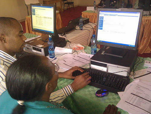 Pharmacists in Nairobi, Kenya, learn how to use Zcore-DAR software to manage pharmaceutical supplies.